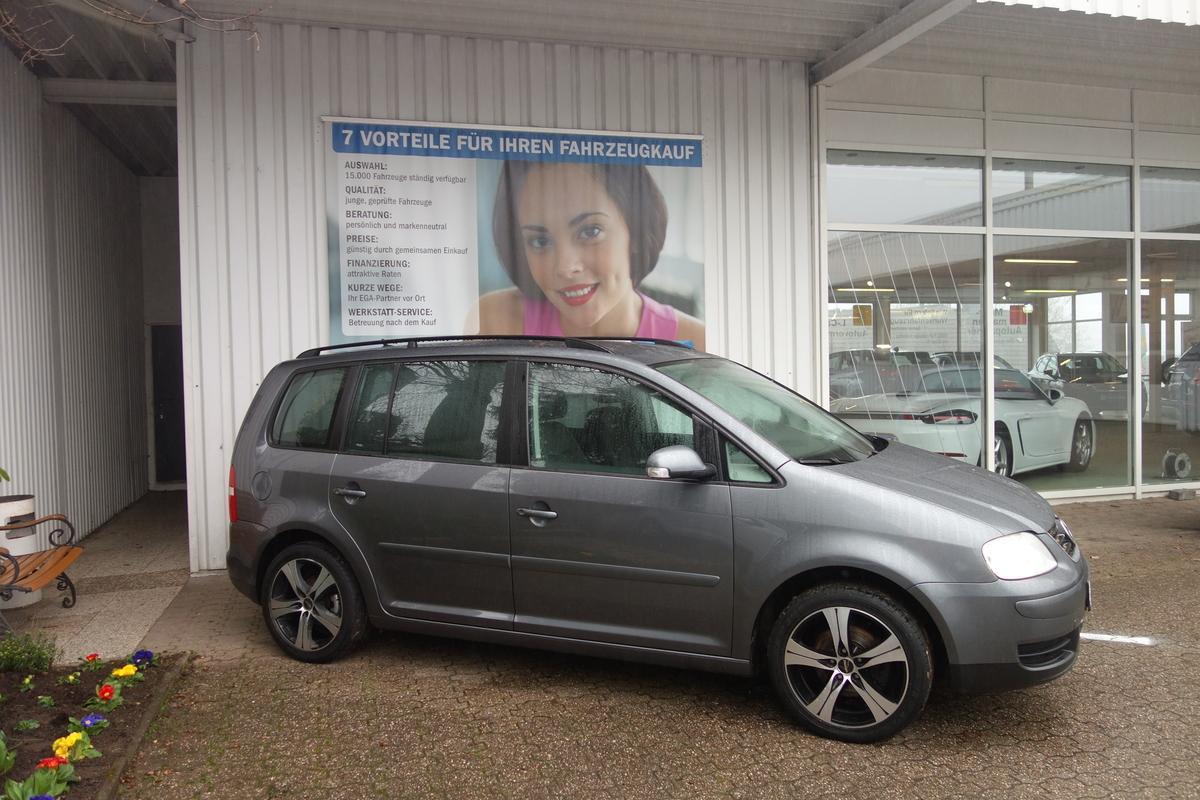 Volkswagen Touran GOAL*NAVI*TEMPOMAT*KLIMAAUTOMATIK*ALU*TECHNIK PKT