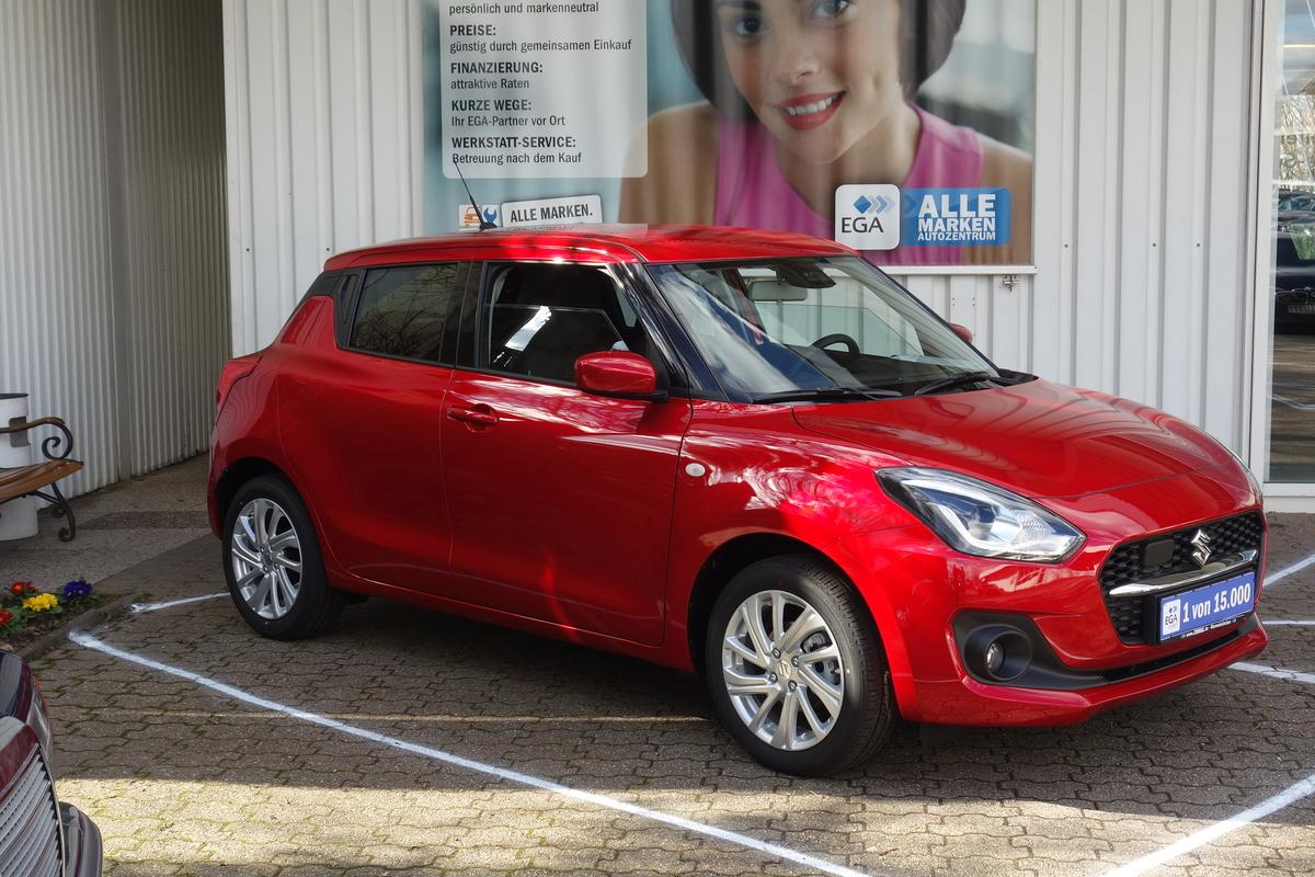 Suzuki Swift 1.2 Comfort LED*SHZ*CAM*ALU*KLIMA*APPLE*ANDROID*TEMPO*