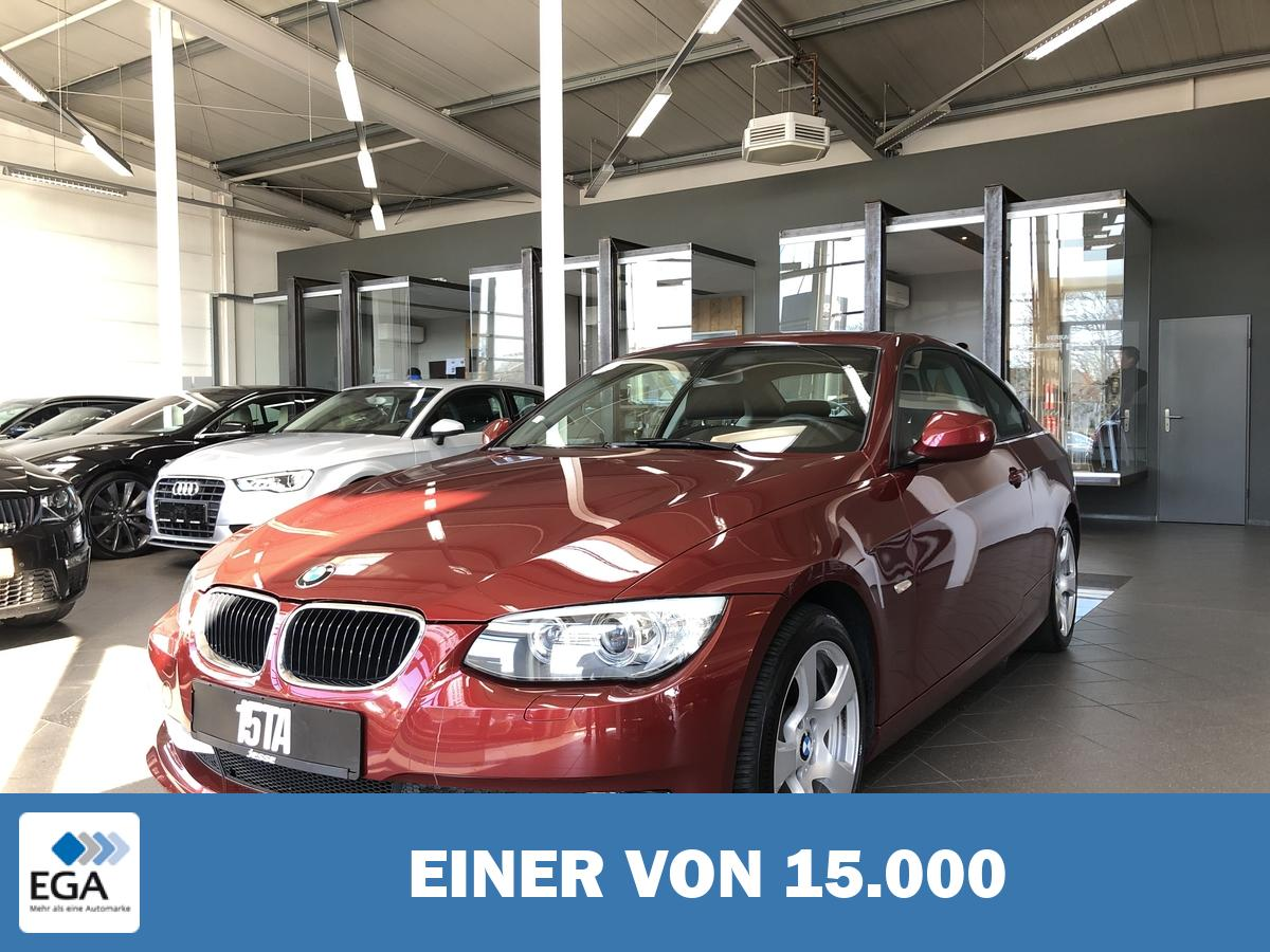 BMW 320i Coupe Aut. Xenon Navi Tempo.