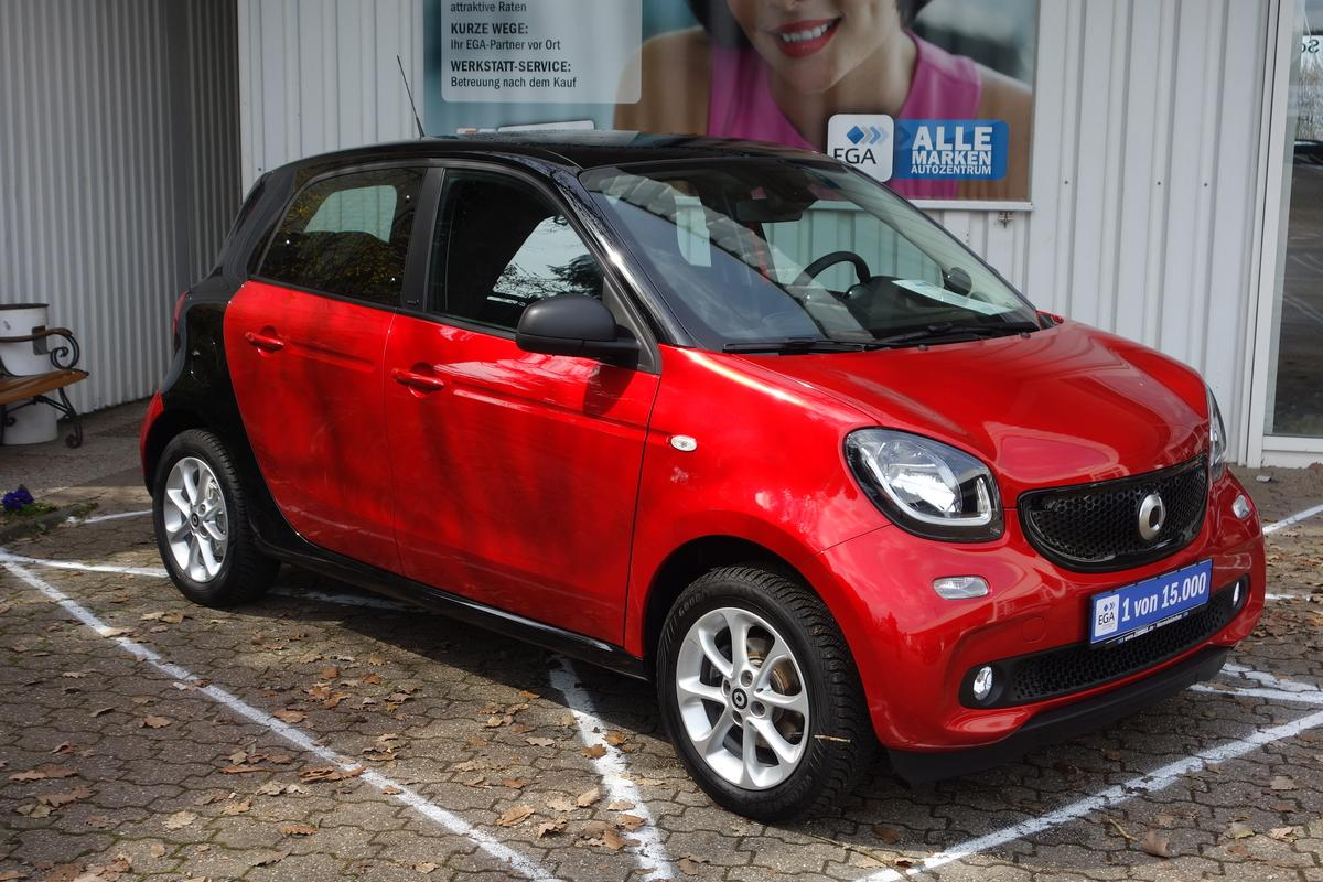 Smart ForFour passion*twinamic*COOL&MEDIA*LED&SENSOR*PANORAMA*PDC*