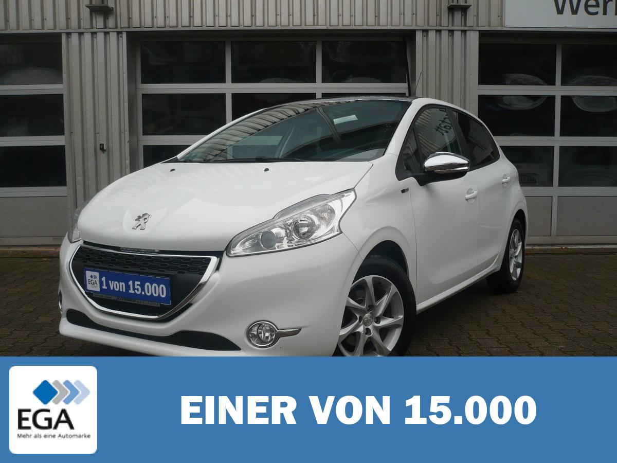 Peugeot 208 5-Türer 1.2 PureTech 82 Style - Sitzh./ Panoramad./ PDC