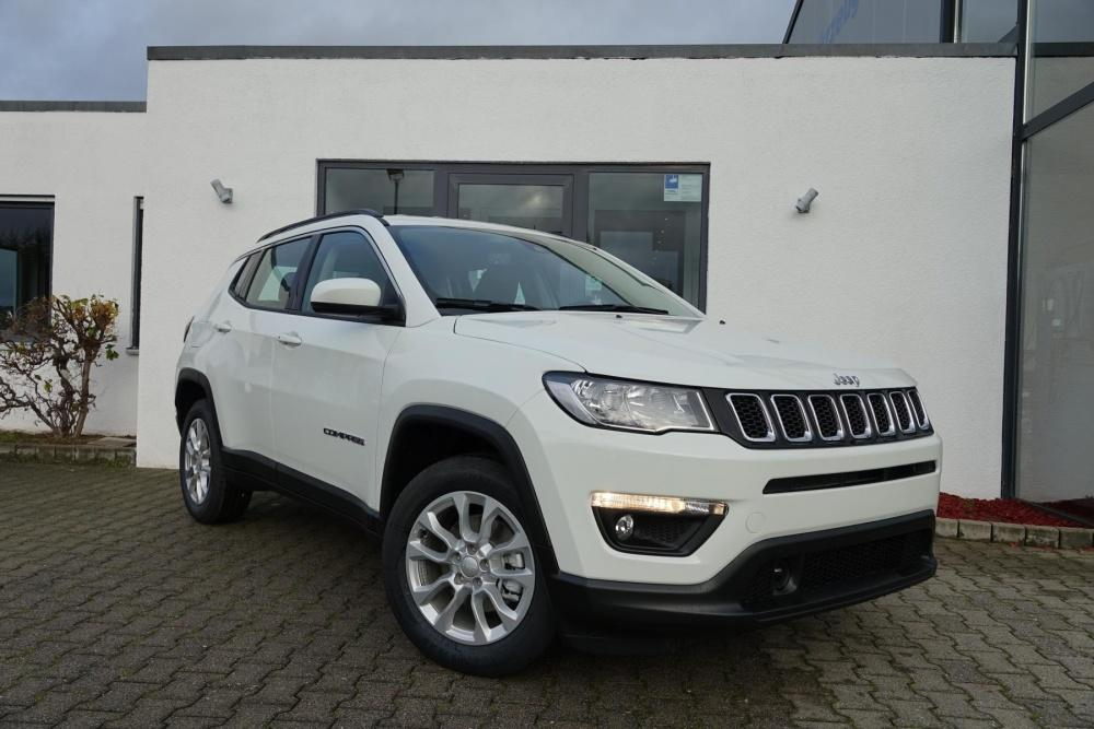 Jeep Compass LONGITUDE Winter-/Navi+Komfort-Paket AHK