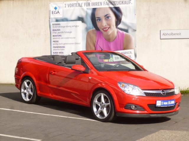 Opel Astra 1.8 Enless Summer - Leder - Kl.autom. - Sitzhzg - PDC