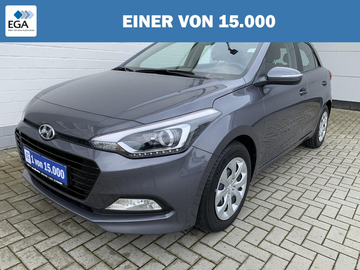 Hyundai i20 *Navi*Rückfahrkamera*Klimaautomatik*PDC*