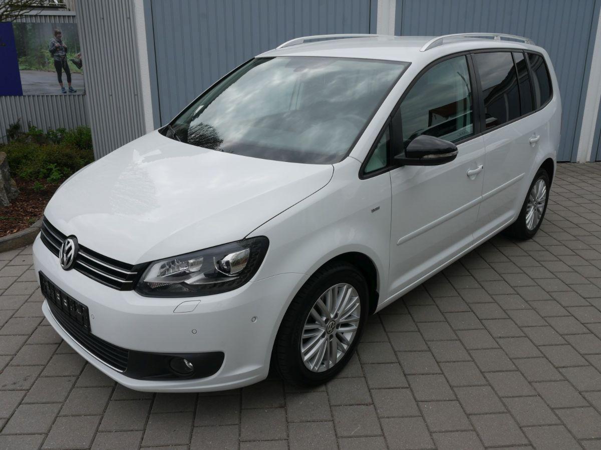 Volkswagen Touran 1.4 TSI CUP * SPORTFAHRWERK * XENON * PARK ASSIST * SHZG * 7-SITZER * TEM