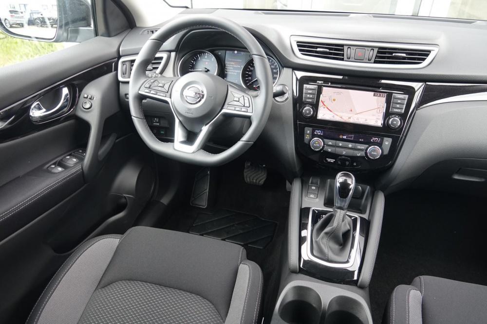 Nissan Qashqai ZAMA BASE 1.3 DIG DCT Navi/360°!