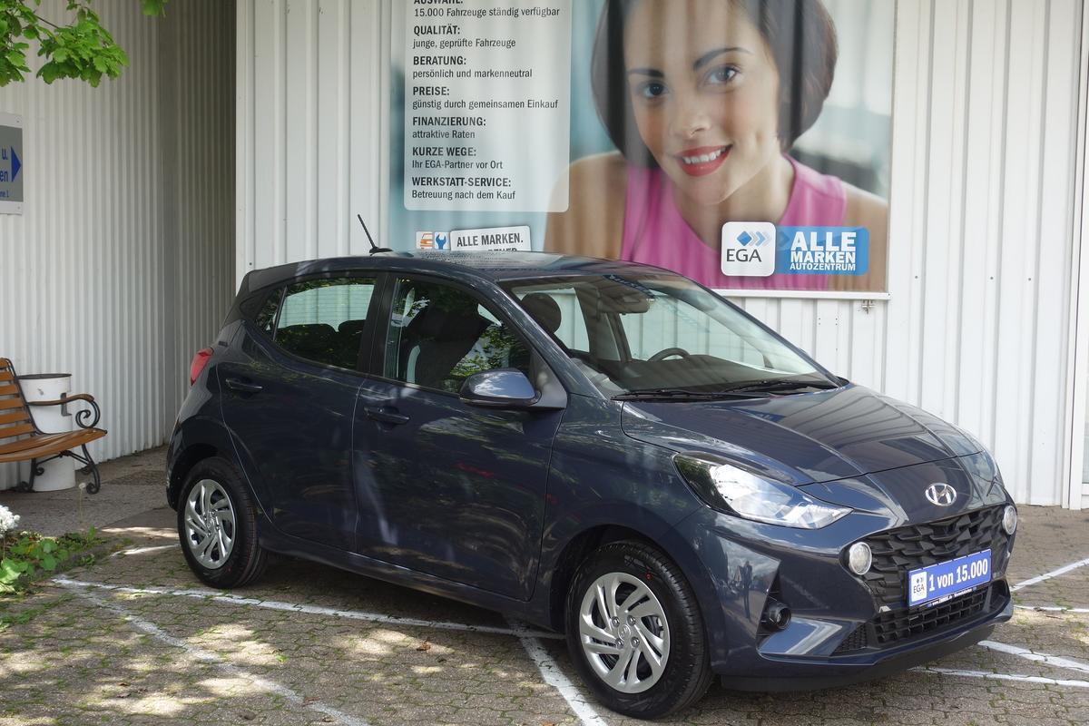 Hyundai i10 1.2 Automatic PDC*KLIMA*BT*SHZG*APPLE*ANDROID*TEMPO*LANE