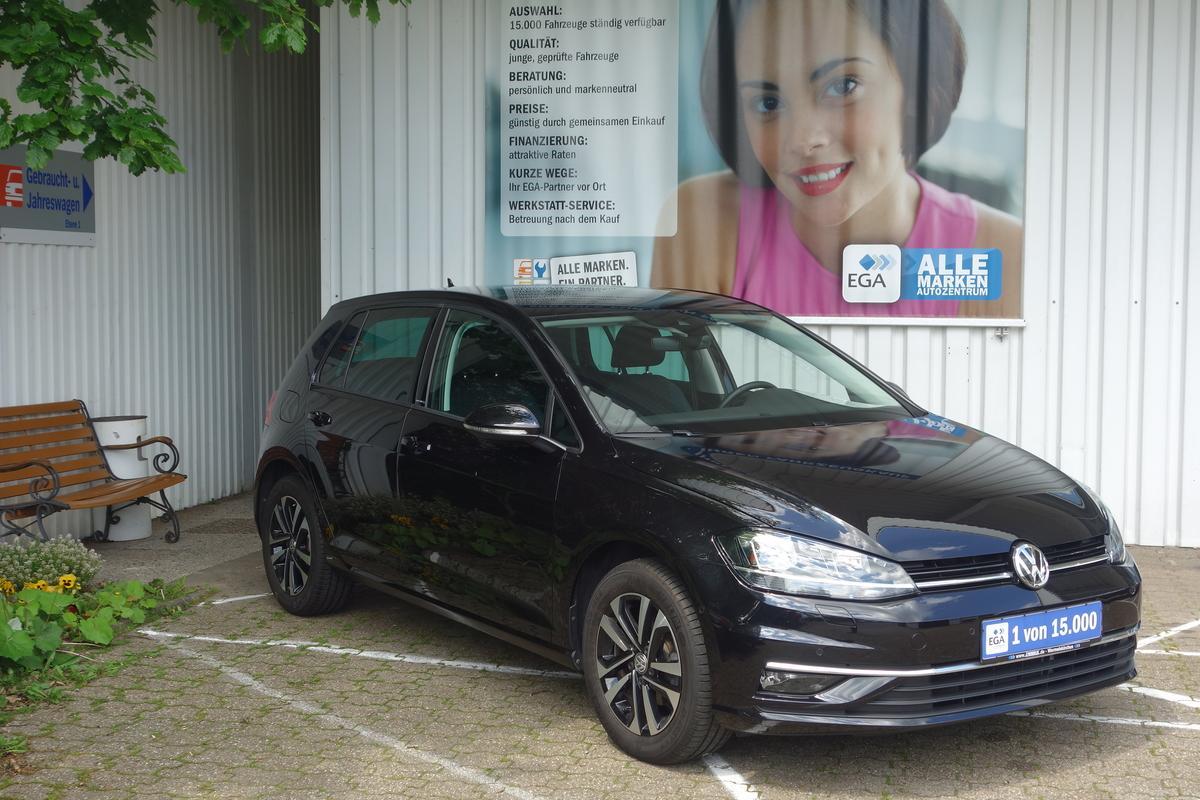 Volkswagen Golf 1.0 TSI IQ.Drive ALU*PRIVACY*LANE*PDC AKTIV*WI-PAKET*