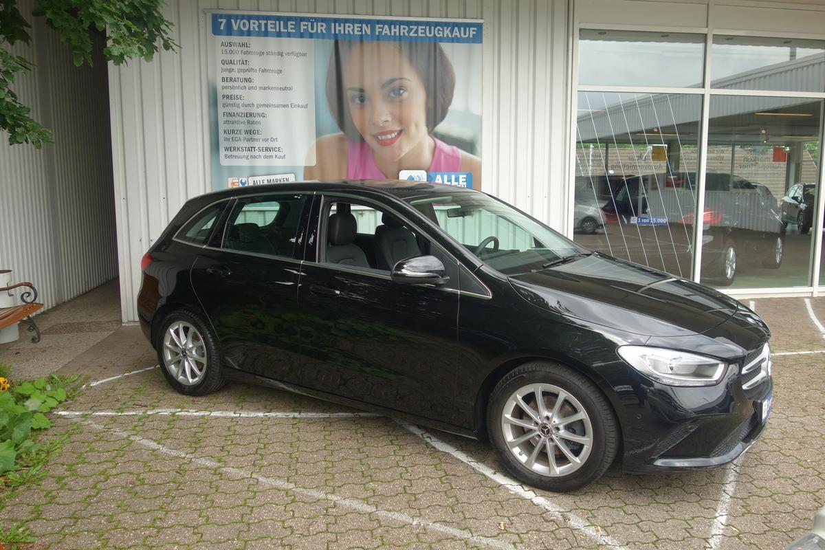 Mercedes-Benz B 180 Progressive BUSINESS*NAVI*ALU*SHZ*PTS AKT*TEMPO*MBUX*