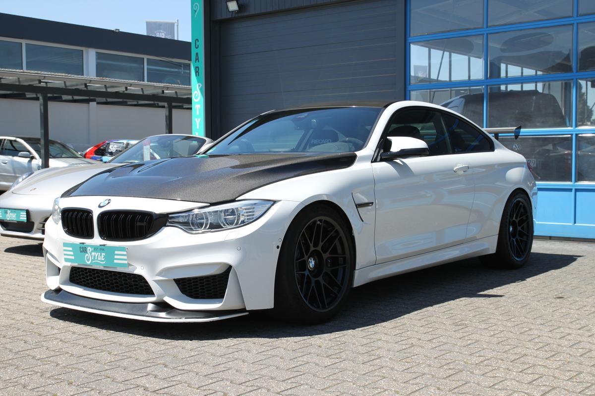 BMW M4 Coupe DKG Clubsport GTS H&K Recaro Head UP