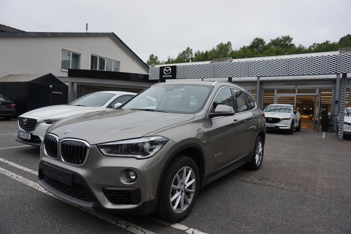 BMW X1sDrive20i LED, PDC, Head Up, Business Paket, AHK