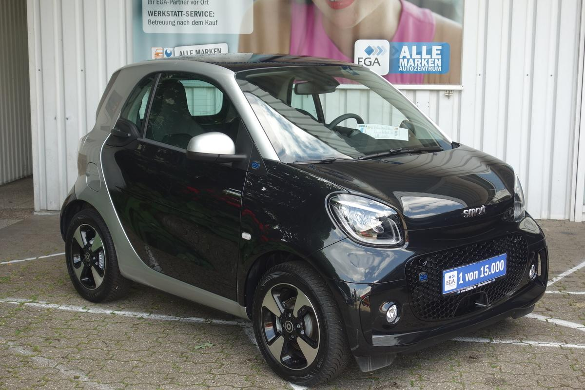 Smart ForTwo ed passion*EXCLUSIVEPAKET*22KW-LADER*WINTERPAKET*CAM*