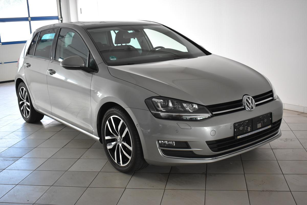 Volkswagen Golf 1.4TSI BMT Highline XENON