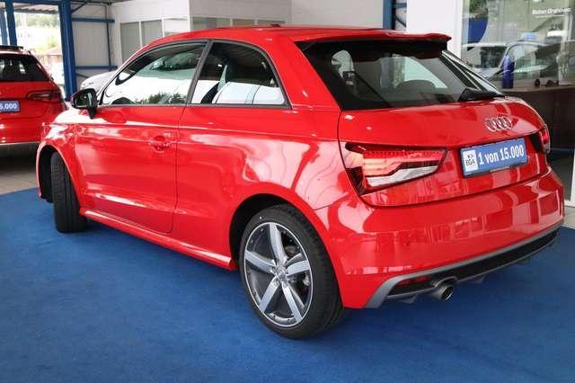 Audi A1 1.0 TFSI  S-Line Xenon PDC vo+hi  1.HD