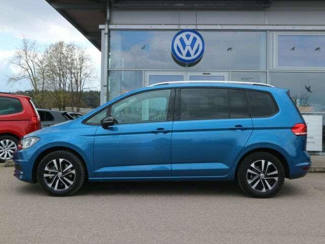 Volkswagen Touran 1.5 TSI DSG IQ.DRIVE NAVI+7-SITZER+GARANT