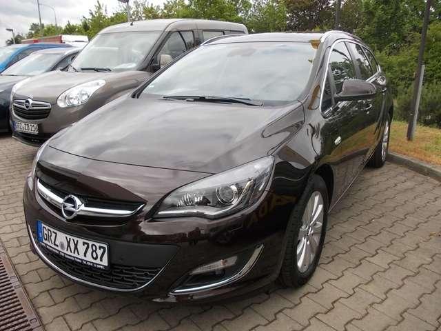 Opel Astra Exklusiv Sports Tourer