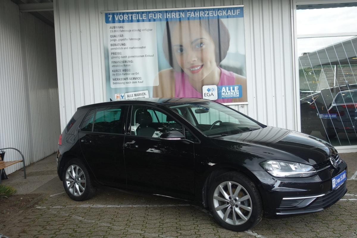 Volkswagen Golf VII 1.0 TSI iQ.Drive ACC HIGH*SUNSET*SHZG*PDC AKT*MEDIA