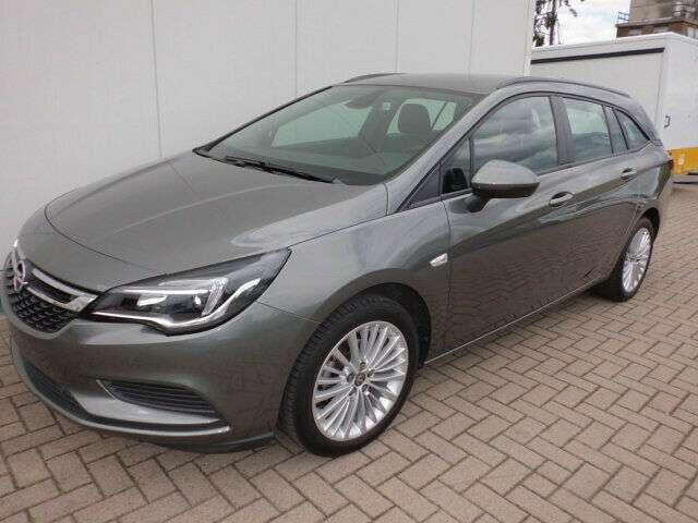 Opel Astra Sports Tourer 1,4 Edition+Navi+PDC+DAB+AHK