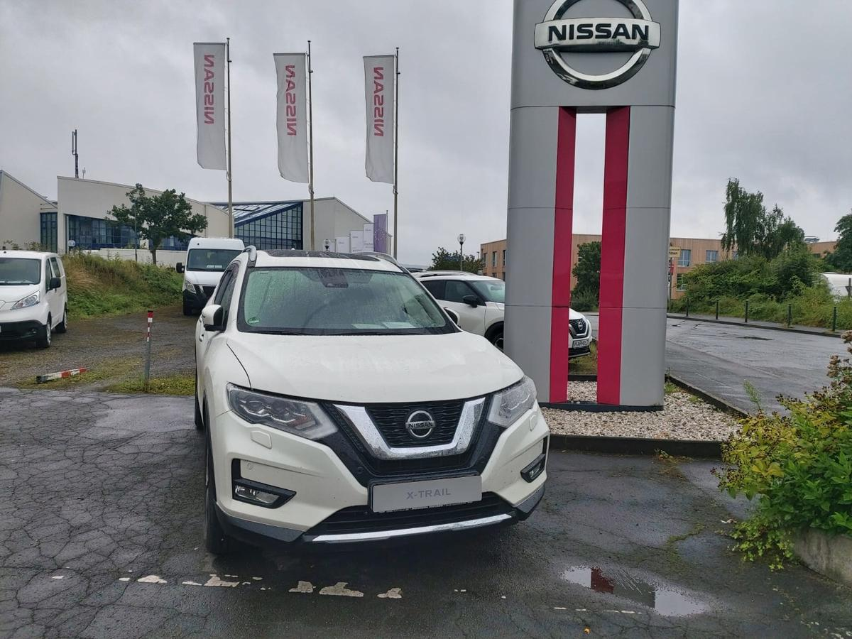 Nissan X-Trail N-Connecta DCT Pano LED