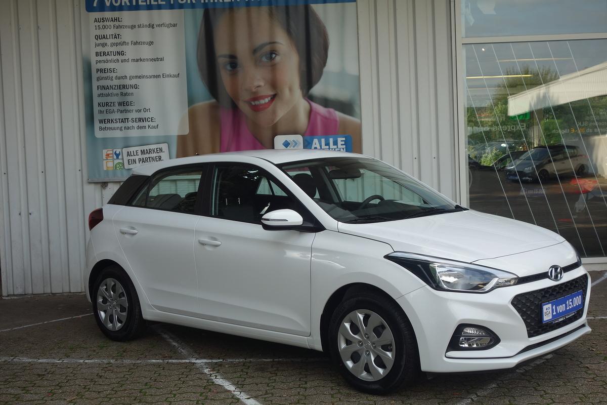 Hyundai i20 5T FL 1.2 s&s Klima Radio 5