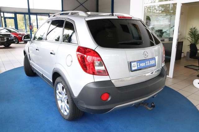 Opel Antara Cosmo 2.4 4x4 NAV XENON AHK SHZ LEDER PDC