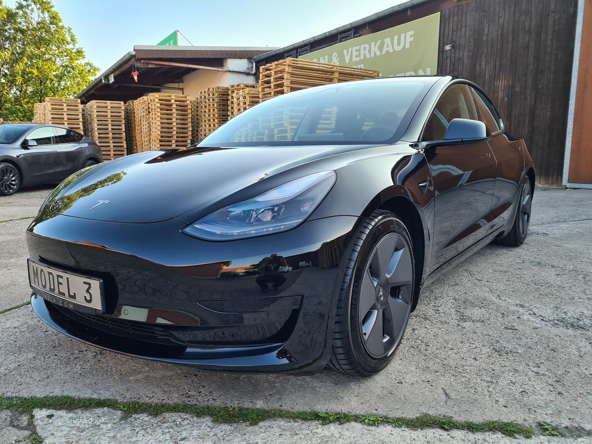 Tesla Model 3 SR + AP  Q1 / Facelift 2021 18Zoll