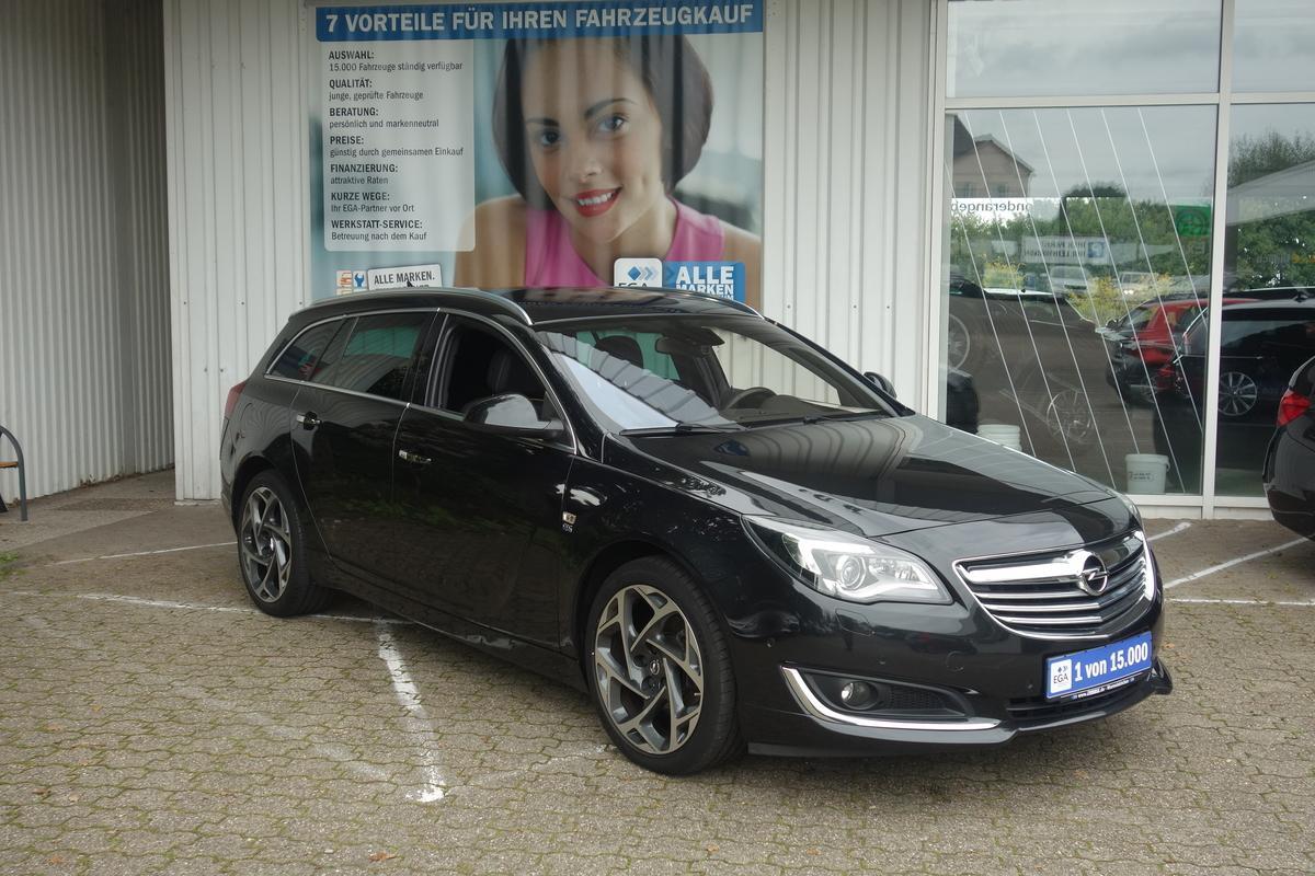 Opel Insignia 2,0 CDTI OPC LINE 4x4 Navi ALU PDC SHZ LEDER AHK XE