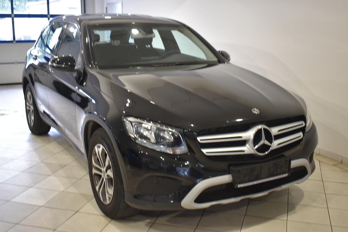 Mercedes-Benz GLC 220 d 4MATIC 9G-TRONIC NAVI PARKASSIST SHZ