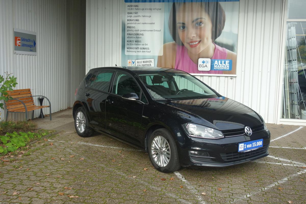 Volkswagen Golf VII 2,0 TDI CUP CLIMAT ALU PDC MFL SHZ TEMPO BLUETOOTH