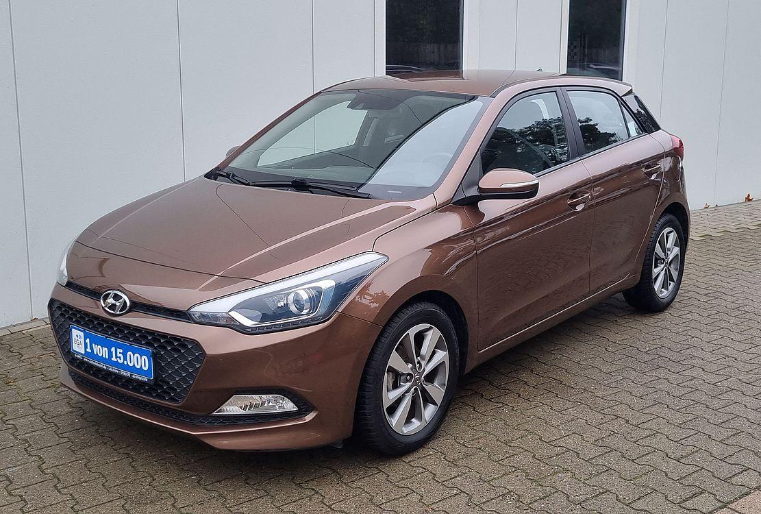 Hyundai i20 Intro 1.2 i Klima*Sitz&Lenkhzg*Alu*PDC