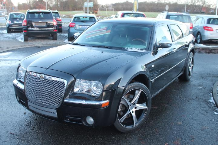 Chrysler 300C Touring 3,5 AT AWD, Leder,Navi,Xenon,20