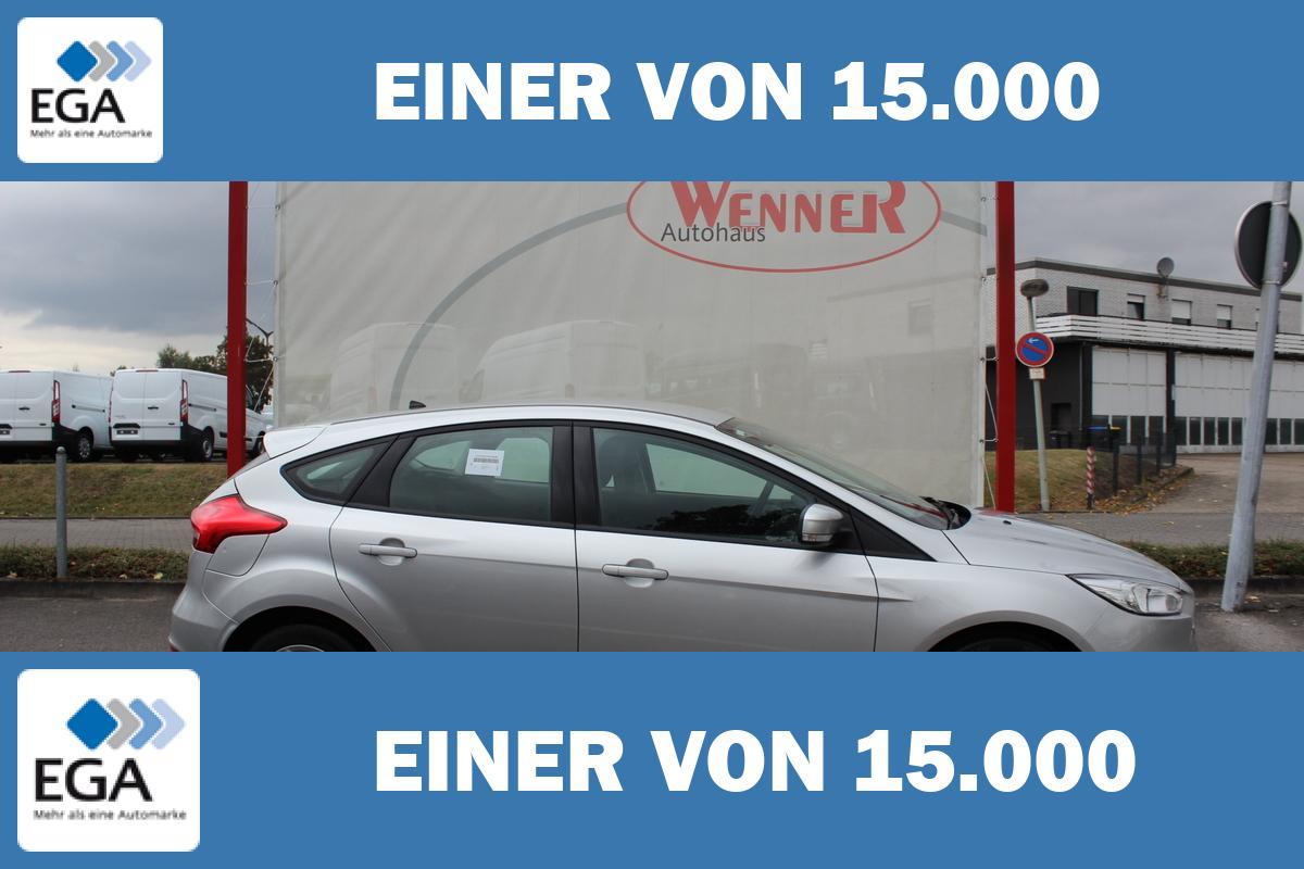 Ford Focus 1,0 EcoB. Business 5-trg / Winter-Paket + Sync + Tempo