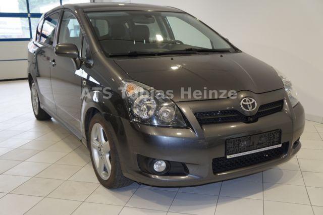 Toyota Corolla Verso 2.2 D-CATExecutive Navi AHZV Leder