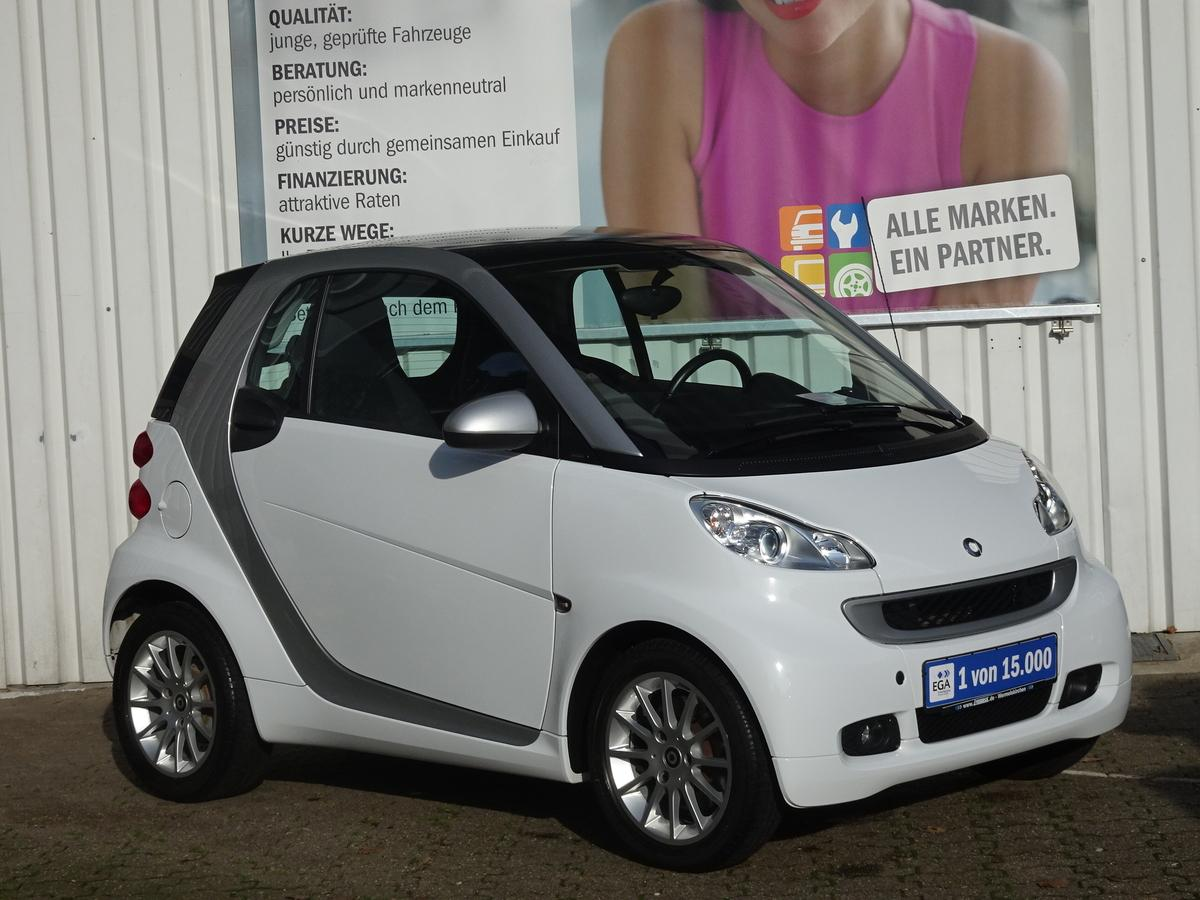 Smart ForTwo COUPE MHD PASSION PANORADACH KLIMA ALU