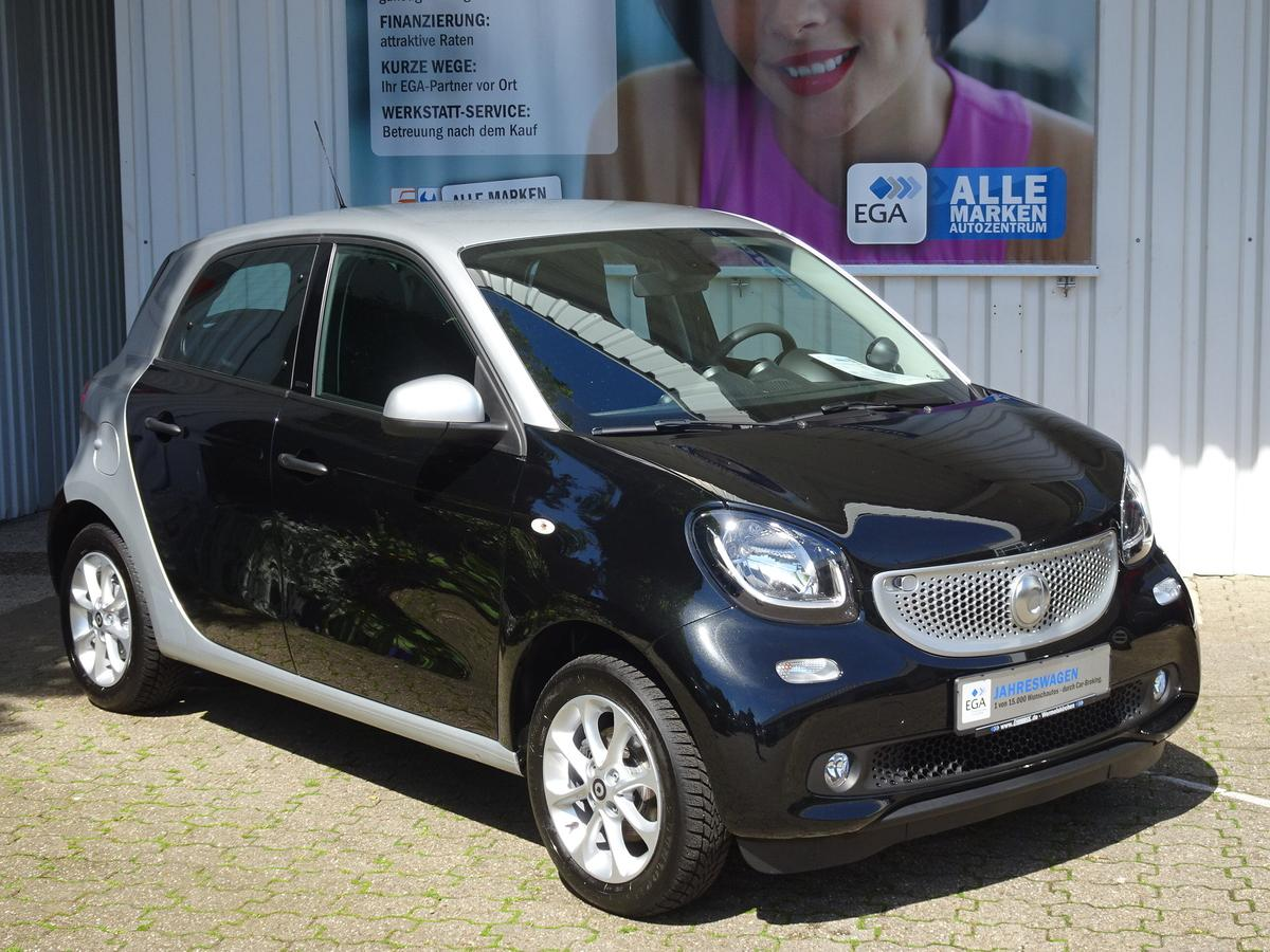 Smart ForFour PASSION/NAVI/COOL&MEDIA/SHZ/READYSP/LED/KOMF PKT