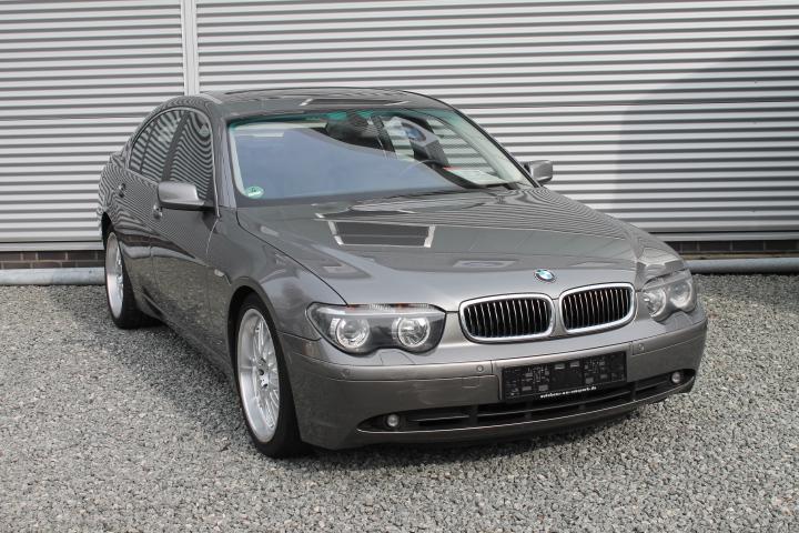 BMW 745 I GSHD Navi Xenon Sitzh PDC Leder