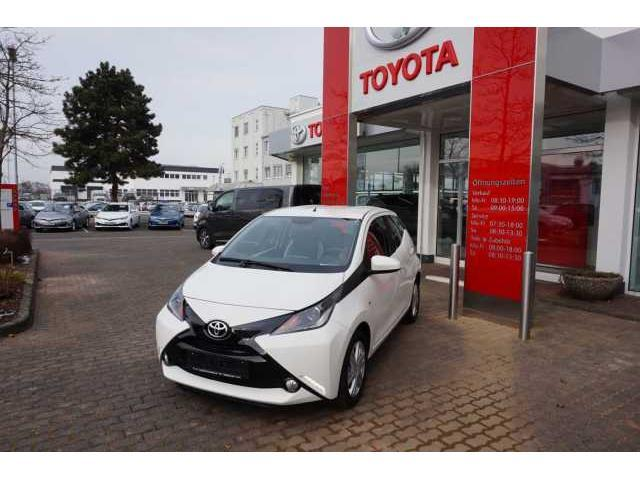 Toyota Aygo 1.0l X-Play Touch 5-Türer