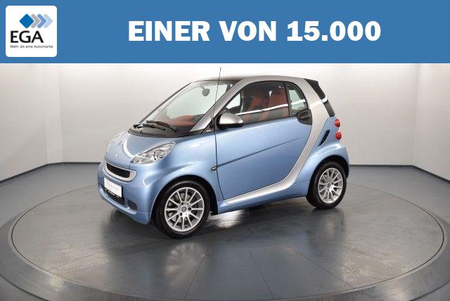 SMART FORTWO COUPE 1,0 Ltr. - 52 kW KAT MICRO HYBRID D