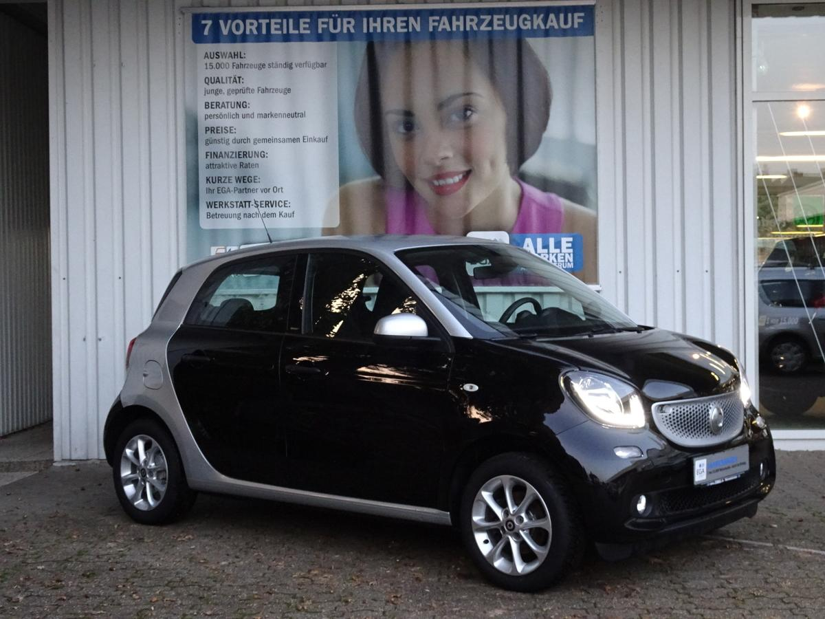 Smart ForFour PASSION/NAVI/COOL&MEDIA/SHZ/READYSP/LED/WINTER RÄDER