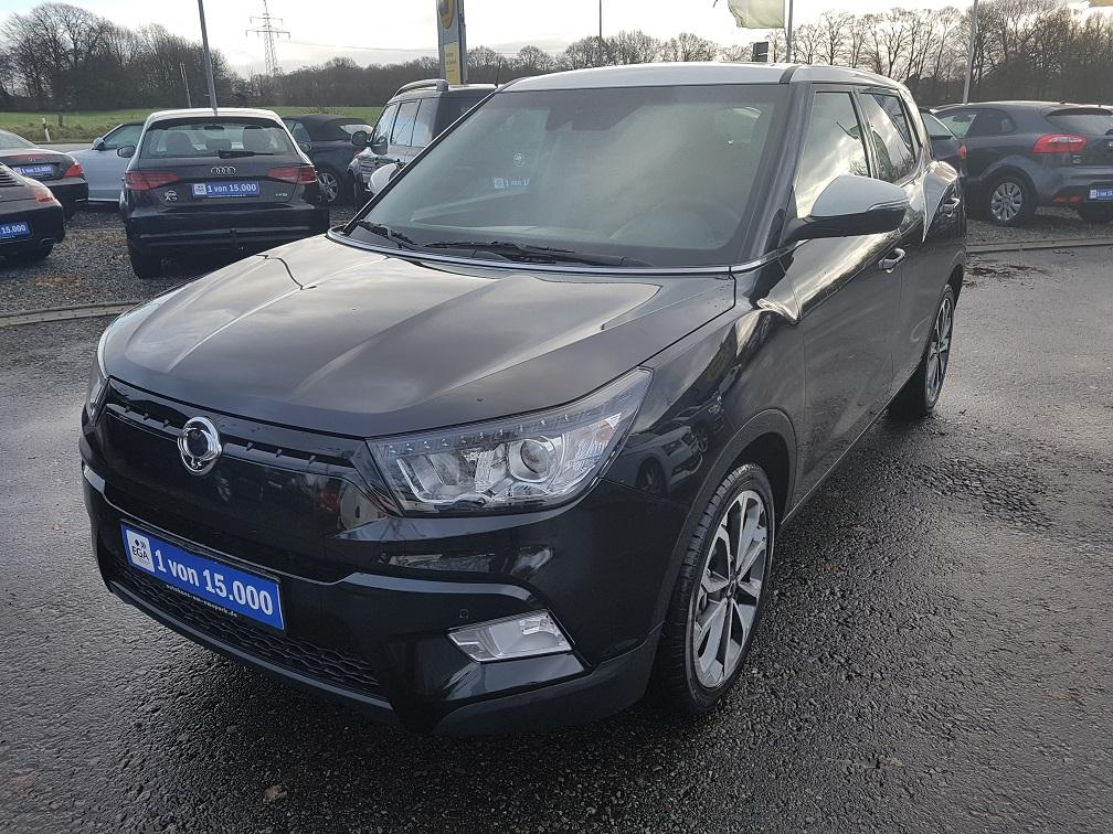 Ssangyong Tivoli Black + White Navi Leasingrate 189,-€