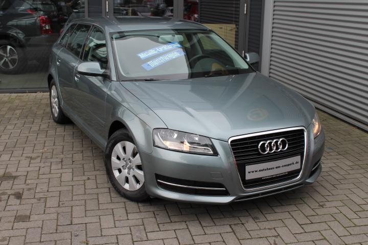 Audi A3 Sportback 1,6 TDI E Attraction, Klimaaut, GRA, AHK