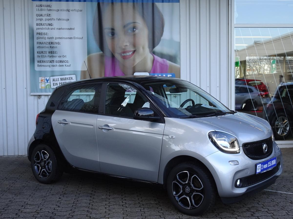 Smart ForFour PASSION//LEDER/SPURHALTEAS/SHZ/PTS/ALU DOSP/LED